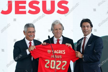 Stock Image of Benfica president Luis Filipe Vieira (L) and director of football Rui Costa (R), pose with Benfica's new head coach Jorge Jesus (C) during his presentation in Seixal, Portugal, 03 August 2020.