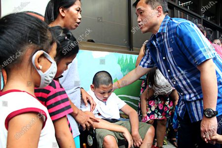"Several days before Christmas Special Assistant to the People (SAP) Christopher Lawrence ""Bong"" Tesoro Go visited the cancer ward patients to give help at Philippine Children Medical Center in Quezon City on December 21, 2018."