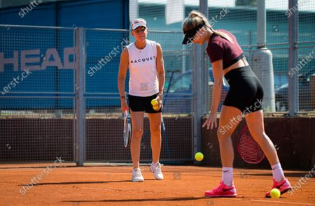 Stock Image of Rennae Stubbs during practice with Eugenie Bouchard at the 2020 Prague Open WTA International tennis tournament