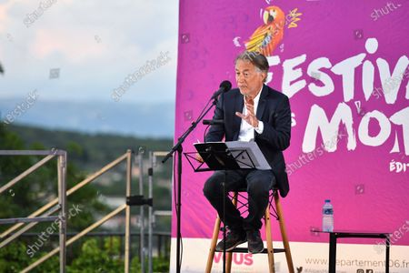 Stock Photo of Richard Berry reads at the Festival des Mots