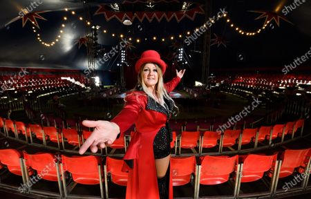 Tracy Jones becomes the new female 'Ring Mistress'