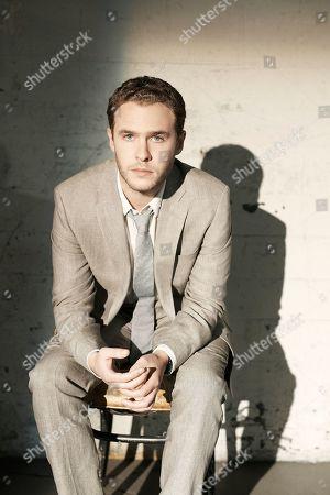 Stock Photo of Iain De Caestecker as Agent Leo Fitz
