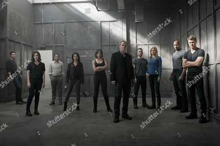 "Brett Dalton as Grant Ward, Elizabeth Henstridge as Agent Jemma Simmons, Iain De Caestecker as Agent Leo Fitz, Ming-Na Wen as Agent Melinda May, Chloe Bennet as Agent Daisy Johnson, Clark Gregg as Director Phil Coulson, Nick Blood as Agent Lance Hunter, Adrianne Palicki as Agent Bobbi Morse, Henry Simmons as Agent Alphonso ""Mack"" MacKenzie and Luke Mitchell as Lincoln Campbell"