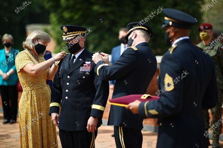 The commander of the 1st Infantry Division of the United States Ground Forces, General Jan Kolasheski (2L), today received a nomination for the next rank of general during a meeting with the US Ambassador to Poland Georgette Mosbacher and Polish Defense Minister Mariusz Blaszczak in Krakow, Poland, 04 August 2020. During the meeting, the location of the forward American command structure in Poland, responsible for ensuring proper command and cooperation with American and European allies, was confirmed. Defence Minister Mariusz Blaszczak said in Krakow, on Tuesday that placing the forward command of the 5th US Army Corps in Poland is the crowning achievement of efforts to increase the American military presence in Poland.