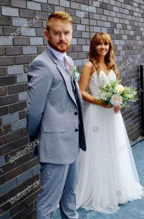 Gary Windass, as played by Mikey North, and Maria Connor, as played by Samia Longchambon.