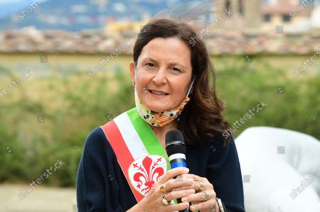 Stock Image of Deputy mayor of Florence Cristina Giachi during the presentation of the artwork ' Give ' to the Boboli Gardens