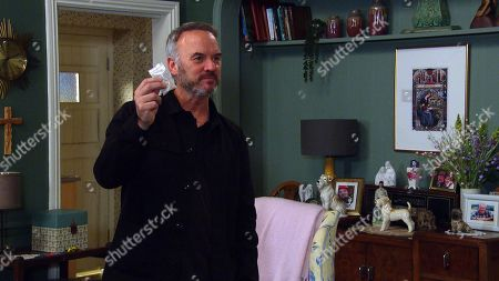Stock Picture of Emmerdale - Ep 8823 Monday 17th August 2020 Malone, as played by Mark Womack, intimidates Dawn Taylor telling her that her testimony against him has been taken as false. Dawn tries to act cool, but when Malone produces a wrap of heroin and syringe from his pocket, Dawn backs away in horror.