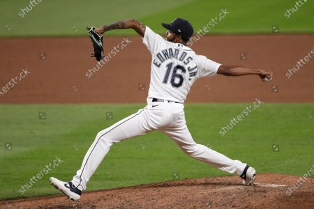 Seattle Mariners relief pitcher Carl Edwards Jr. in action against the Los Angeles Angels in a baseball game, in Seattle. The Mariners won 7-6