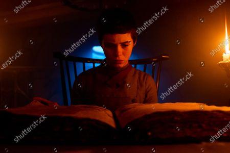 Sophia Lillis as Gretel
