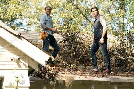 Josh Lucas as Bray Johnson and Jerry O'Connell as Tucker