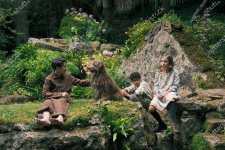 Edan Hayhurst as Colin Craven, Amir Wilson as Dickon and Dixie Egerickx as Mary Lennox