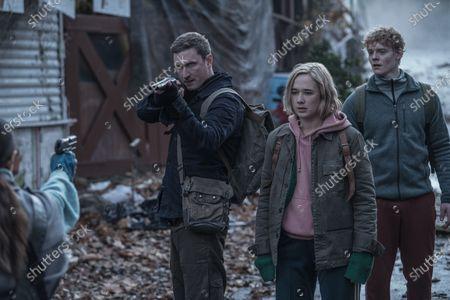 Mikkel Boe Folsgaard as Martin, Alba August as Simone Andersen and Lucas Lynggaard Tønnesen as Rasmus Andersen
