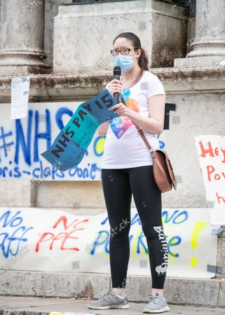 Student nurse, Claire Pennell, addresses fellow NHS workers.