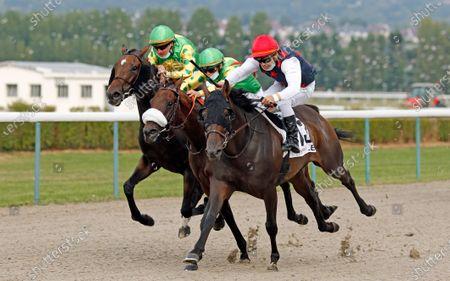 BLACK PRINCESS (right, Maxime Guyon) wins The Prix Cavalassur Deauville