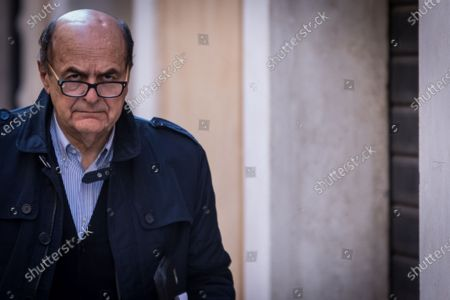 ROME, ITALY - MARCH 14 Pier Luigi Bersani In 2017, after several discussions on the political line of the Democratic Party with Secretary Matteo Renzi, he left the party to found with Roberto Speranza, Massimo D' Alema and Enrico Rossi Article 1 - Movimento Democratico e Progressiista.:Italian politicians near the parliamentary groups after the elections of 4 March 2018 in Piazza Montecitorio  on March 14, 2018 in Rome, Italy