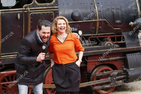 """Berlin: The world premiere of """"Jim Knopf and Luke the locomotive driver"""" in front of the Sony Center on Potsdamer Platz. The photo shows the actor Annette Frier on the red carpet."""