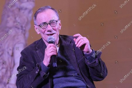 """Roberto Vecchioni at the FestivalMANN in Naples The Italian singer-songwriter Roberto Vecchioni, a guest in Naples at the """"FestivaLMANN"""" festival to be held in Naples from 21 to 28 March 2018. In pictures Roberto Vecchioni"""