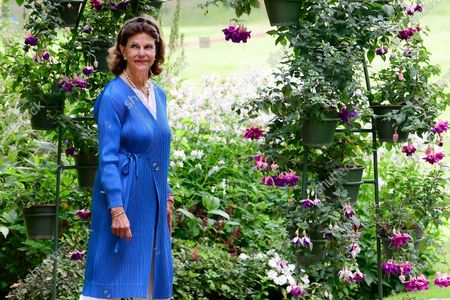 "Queen Silvia during the presentation of the various prizes for best ""Idea Gardens"" 2020 at Solliden Palace park"