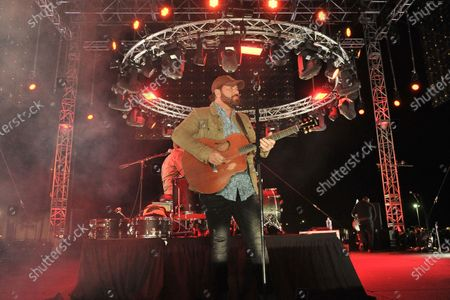 Rodney Atkins, Center, performs at Concerts in Your Car at the Ventura County Fairgrounds, in Ventura, Calif