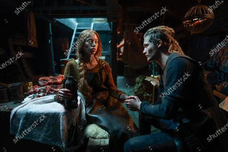 Stock Photo of Lily Newmark as Pym and Nikolaj Dencker Schmidt as Dof