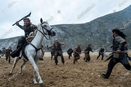 Clive Russell as Wroth the Tusk Commander
