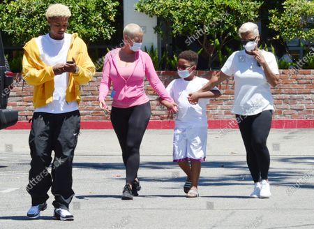 Alexander Edwards, Amber Rose, son Sebastian Taylor Thomaz and mother Dorothy Rose