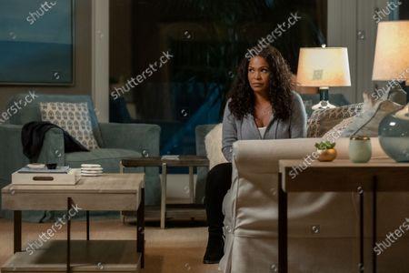 Nia Long as Ellie Warren