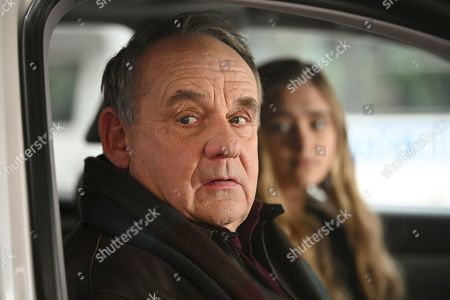 Paul Guilfoyle as Lenny Farache and Lizzy Greene as Sophie Dixon and