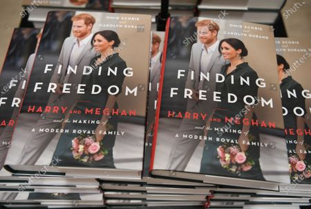 Editorial image of Finding Freedom - Biography of Prince Harry and Meghan Markle on sale, London, United Kingdom - 11 Aug 2020