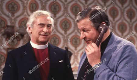 Emmerdale Farm - Ep 575 Tuesday 29th April 1980 The Bishop visits Hinton. Hinton says he seems to think he is treated as a social worker as well as a vicar. With Rev. Donald Hinton, as played by Hugh Manning ; The Bishop, as played by Ronald Leigh Hunt.