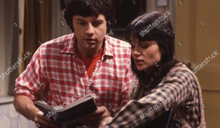 Emmerdale Farm - Ep 564 Thursday 20th March 1980  Joe has an important decision to make, but he still wants to know what Annie thinks, so discusses it with close family. With Joe Sugden, as played by Frazer Hines ; Judy Westrop, as played by Jane Cussons.