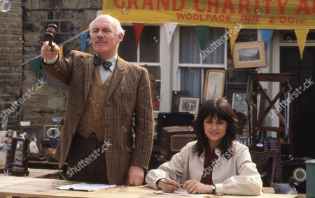 Emmerdale Farm - Ep 590 Thursday 26th June 198Emmerdale Farm - Ep As Beckindale prepares for Amos' Grand Charity Auction, Amos himself begins to have doubts about how things will turn out. With Henry Wilks, as played by Arthur Pentelow; Judy Westrop, as played by Jane Cussons.