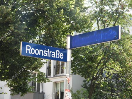 The Bismarck Street in Eppendorf has been renamed Black Lives Matter Street by strangers