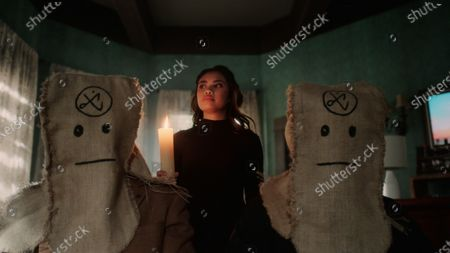 Louriza Tronco as Gabrielle Dupres