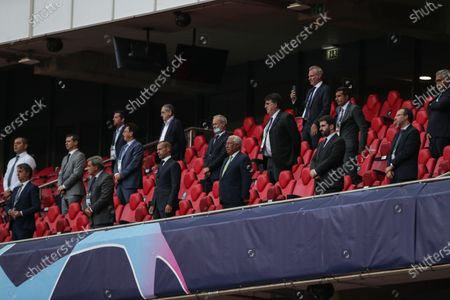 Stock Picture of Portuguese Prime Minister, Antonio Costa (C) , with Portuguese Minister of Education, Tiago Brandao Rodrigues (4R), Portuguese Football Federation (FPF) Fernando Gomes (4L) and former portuguese player Luis Figo (3R), before the UEFA Champions League quarter finals soccer match between Atalanta and Paris Saint-Germain held at Luz Stadium in Lisbon, Portugal, 12 August 2020.