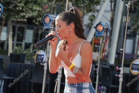 Singer Annie Bosko