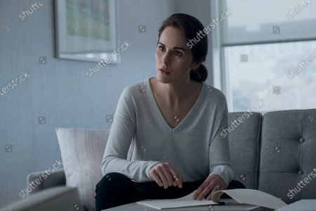 Michelle Dockery as Laurie Barber