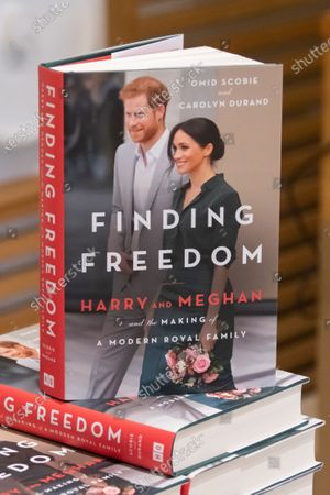 Editorial picture of Finding Freedom, Biography of Prince Harry and Meghan Markle on sale, London, UK - 13 Aug 2020