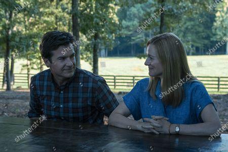 Jason Bateman as Martin 'Marty' Byrde and Laura Linney as Wendy Byrde