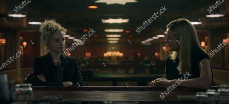 Julia Garner as Ruth Langmore and Laura Linney as Wendy Byrde