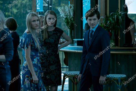 Stock Photo of Sofia Hublitz as Charlotte Byrde, Madison Thompson as Erin Pierce and Skylar Gaertner as Jonah Byrde