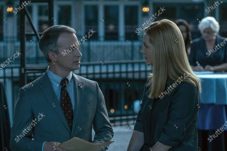 Brian Lafontaine as Andrew Wade and Laura Linney as Wendy Byrde