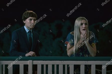 Skylar Gaertner as Jonah Byrde and Sofia Hublitz as Charlotte Byrde