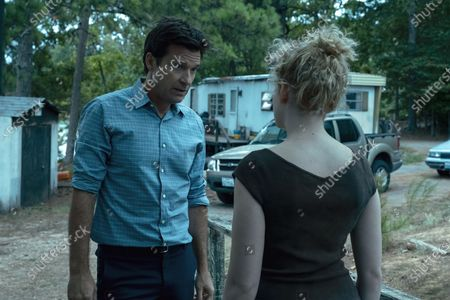 Jason Bateman as Martin 'Marty' Byrde and Julia Garner as Ruth Langmore