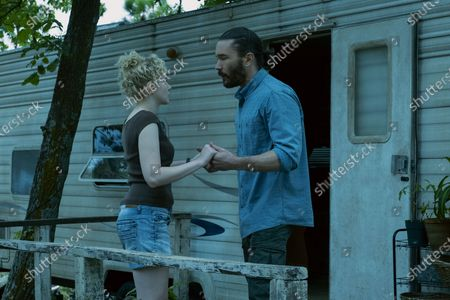 Julia Garner as Ruth Langmore and Tom Pelphrey as Ben Davis