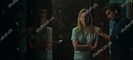 Laura Linney as Wendy Byrde and Jason Bateman as Martin 'Marty' Byrde