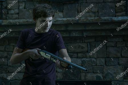 Skylar Gaertner as Jonah Byrde