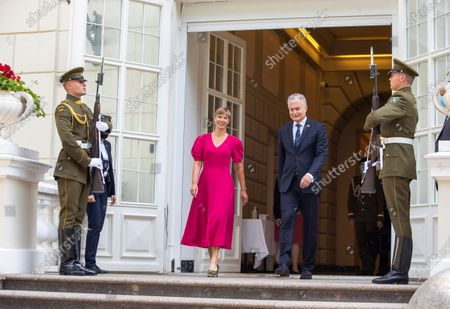 Estonia's President Kersti Kaljulaid, left, and Lithuania's President Gitanas Nauseda meet at the President's palace in Vilnius, Lithuania