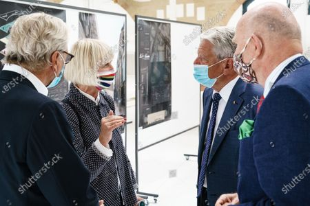 Former German President and patron of the Exilmuseum Joachim Gauck (3-L) wears a face mask as he talks to architect Jorunn Ragnarsdottir of the jury (2-L), CEO of the Exilmuseum foundation Bernd Schultz (L) and the founding director of the foundation Exilmuseum Christoph Stoelzl (R) prior to a press conference on the  architectural competition for the realization of a new Exilmuseum building in Berlin, Germany, 14 August 2020. The winning architectural draft for the new Exilmuseum comes from Dorte Mandrup office from Copenhagen.