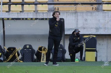 Head coach of Penarol, former Uruguayan soccer player Diego Forlan, reacts during the Apertura tournament soccer match between Club Atletico Penarol and Club Atletico Boston River at Campeon del Siglo stadium in Montevideo, Uruguay, 16 August 2020.